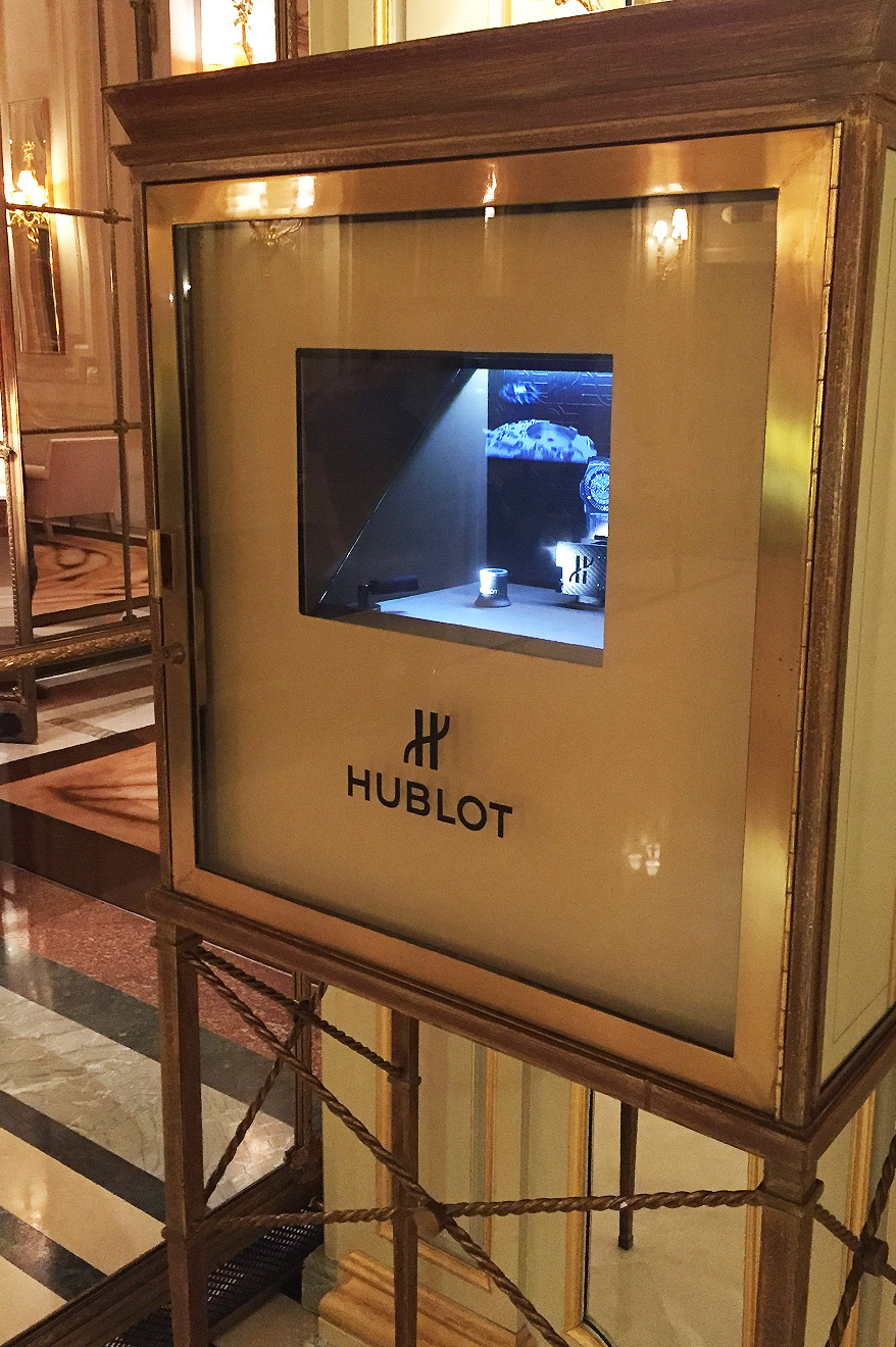 Animation holographique Hublot au palace Meurice Paris